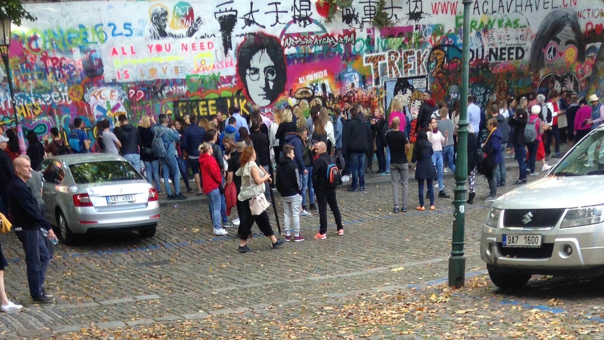 John Lennon Wall 2